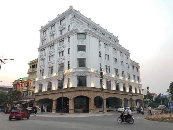 Khách sạn Tùng Dương