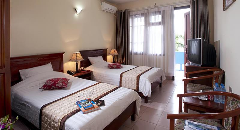 Khách sạn Việt Thái