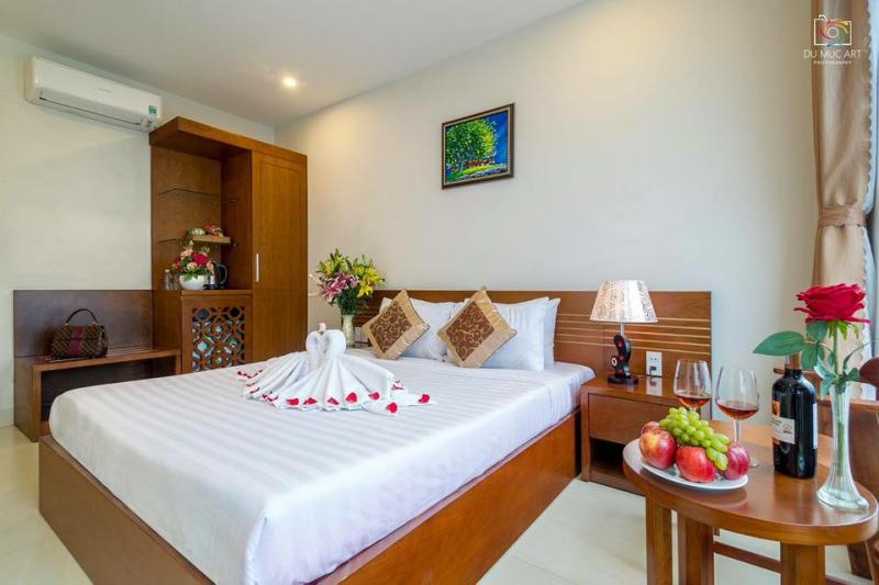 Khách sạn Vinh Plaza