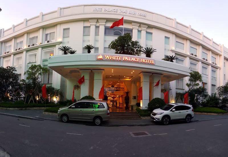 Mặt trước của Khách sạn White Palace Thái BÌnh