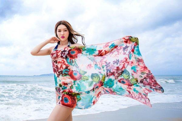 khăn tấm có công dụng chống gió biển, cảm lạnh