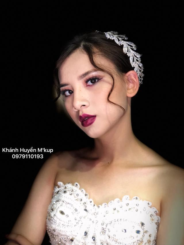 Khánh Huyền Makeup Artist & Bridal