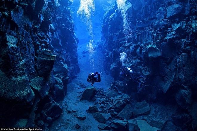 Vẻ đẹp kì bí của hang động