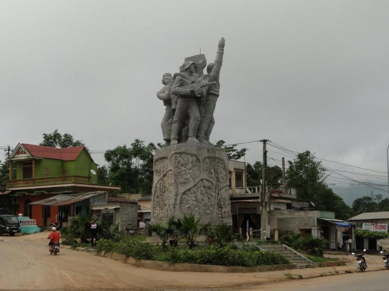 Tượng đài chiến thắng Khe Sanh