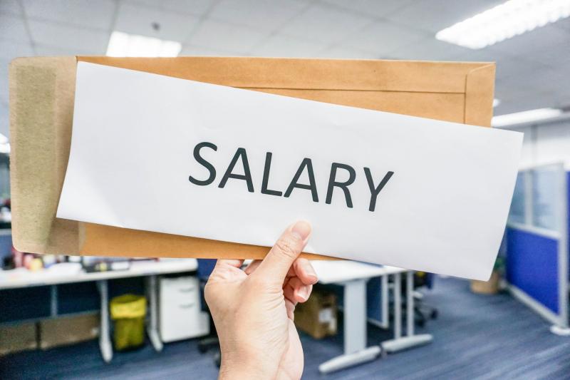Khi đi xin việc, đừng hỏi tôi sẽ đc trả bao nhiêu mà hỏi tôi sẽ đc làm việc với ai và đc làm công việc gì