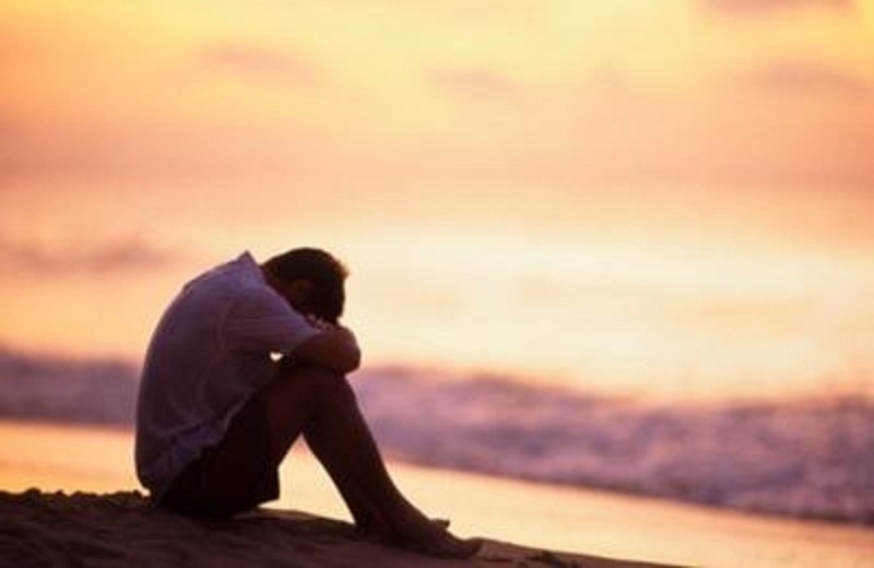Khí sắc trầm buồn là một dấu hiệu của bệnh trầm cảm