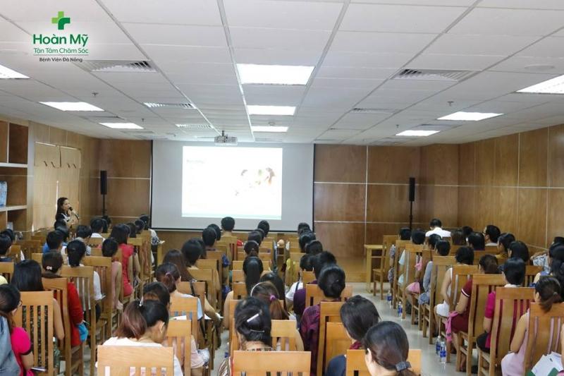 Lớp học Tiền sản tháng 5 tại Bệnh viện Hoàn Mỹ Đà Nẵng