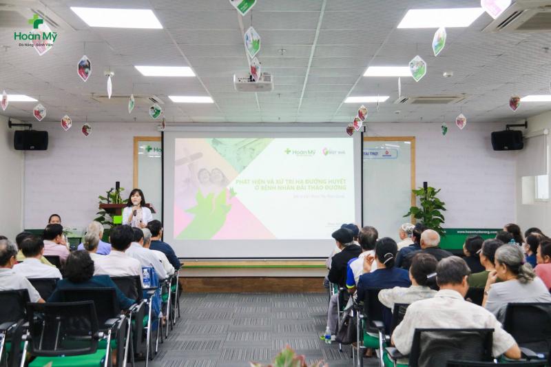 Buổi tư vấn bệnh viện Hoàn Mỹ Đà Nẵng