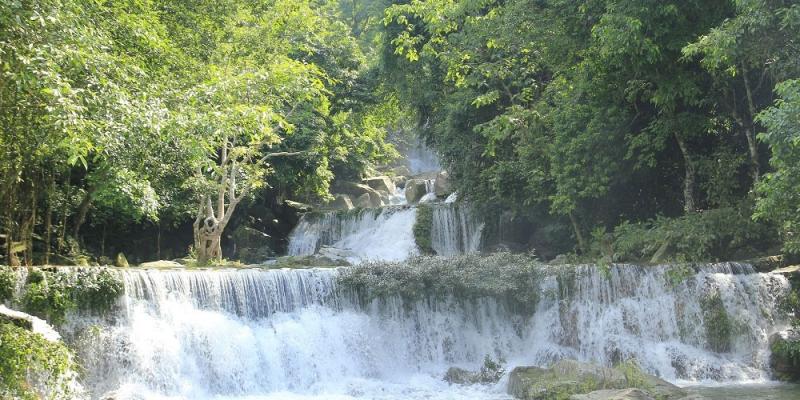 Khoang xanh suối Tiên (nguồn internet)