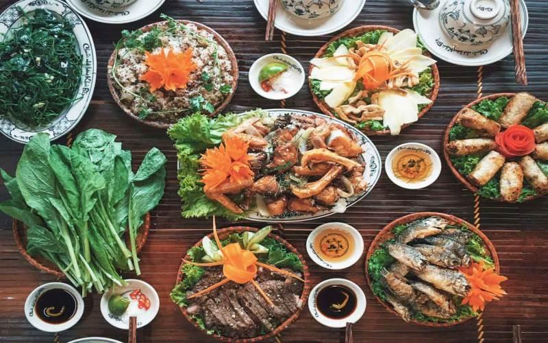 Món ăn tại Khói Bếp 2
