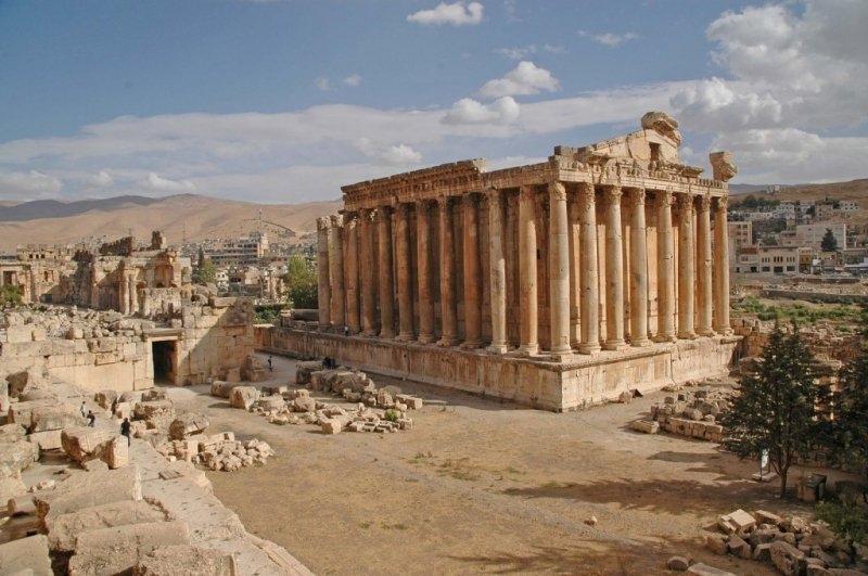 Một phần tàn tích ở Baalbek, Lebanon còn sót lại