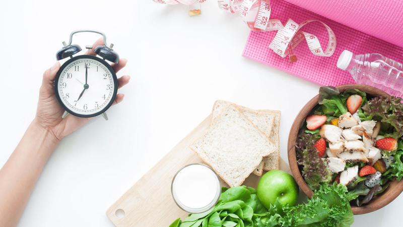 Căn giờ cho các bữa ăn hợp lý