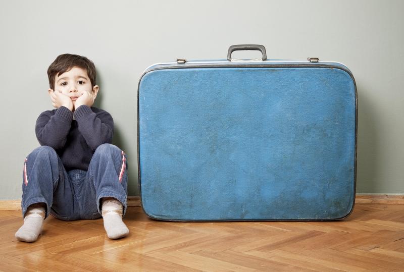 Cùng trẻ sắp xếp hành lý trước mỗi chuyến đi