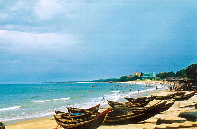 Hình ảnh bãi biển Cửa Lò.