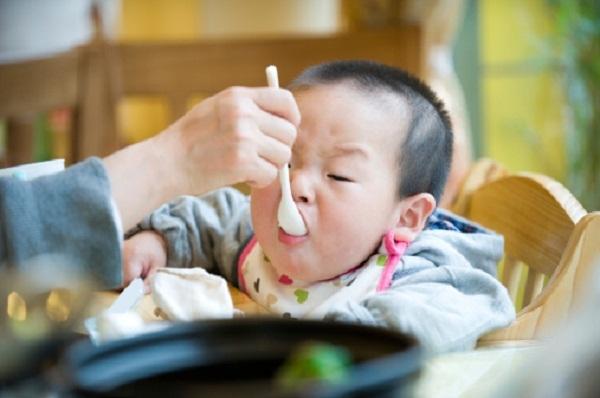 Cha mẹ Nhật tránh không hình thành thói quen xấu cho trẻ