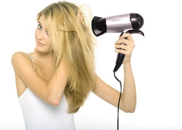 Không nên để tóc tiếp xúc với nhiệt độ cao
