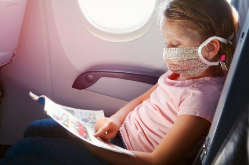 Không nên sử dụng sách, tạp chí có sẵn trên máy bay