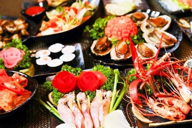 Đồ ăn ở Không Tên Quán được bày trí rất đẹp mắt