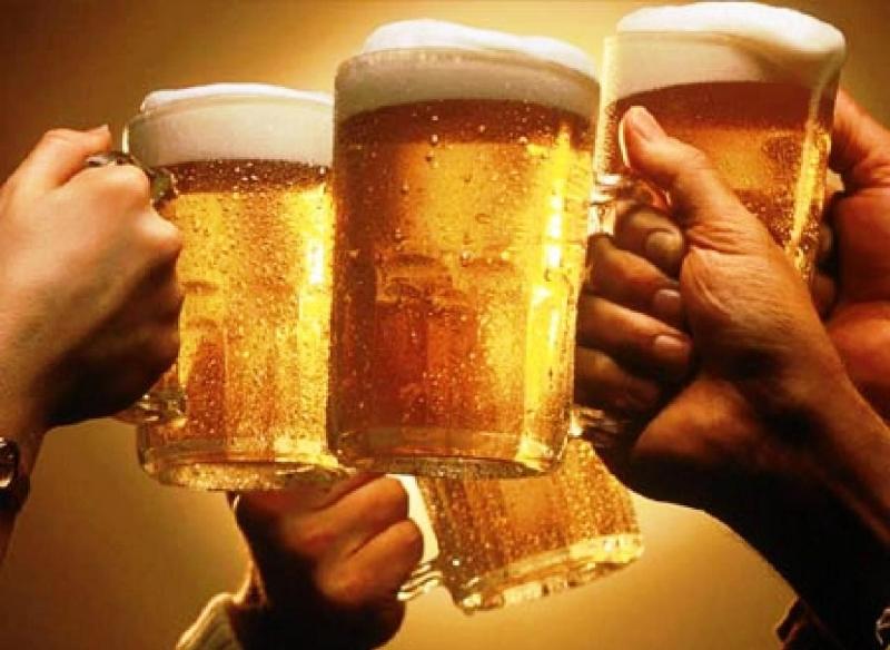 Uống rượu bia sẽ ảnh hưởng rất lớn đến cơ thể bạn