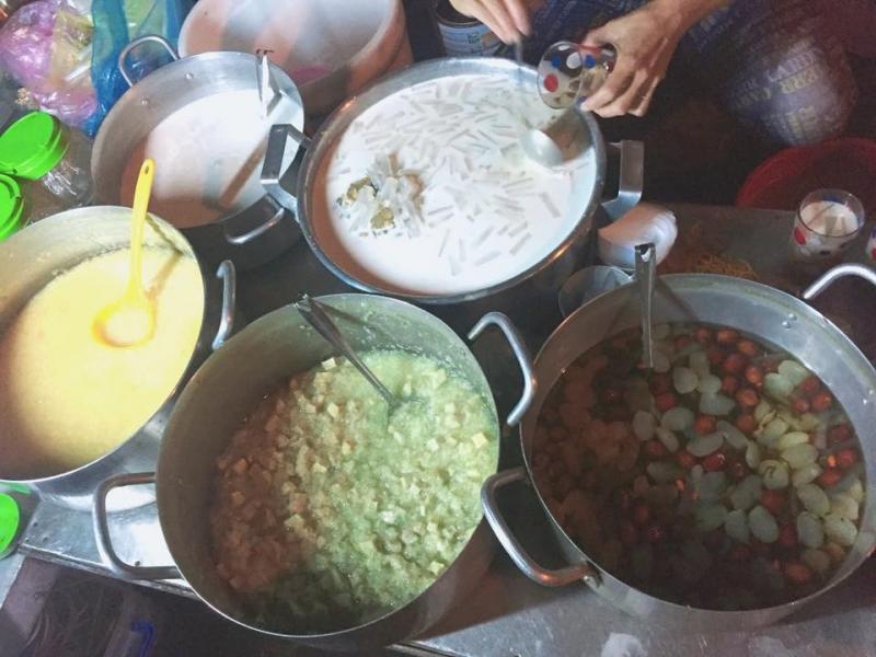 Món chè, đường Ngô Văn Sở