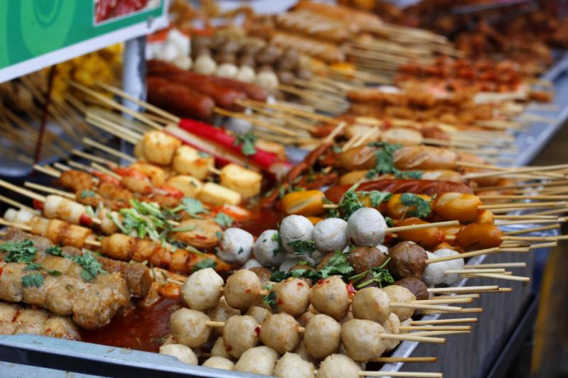 Top 16 khu ăn vặt giá rẻ ở Sài Gòn