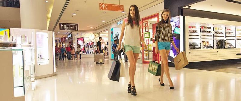 Top 10 khu chợ bán quần áo rẻ, chất lượng nhất Hà Nội