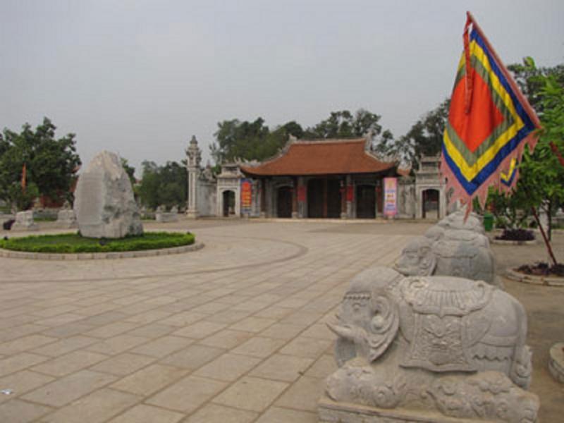 Khu đền thờ Hai Bà Trưng