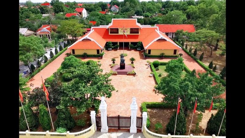Khu di tích Nguyễn Du