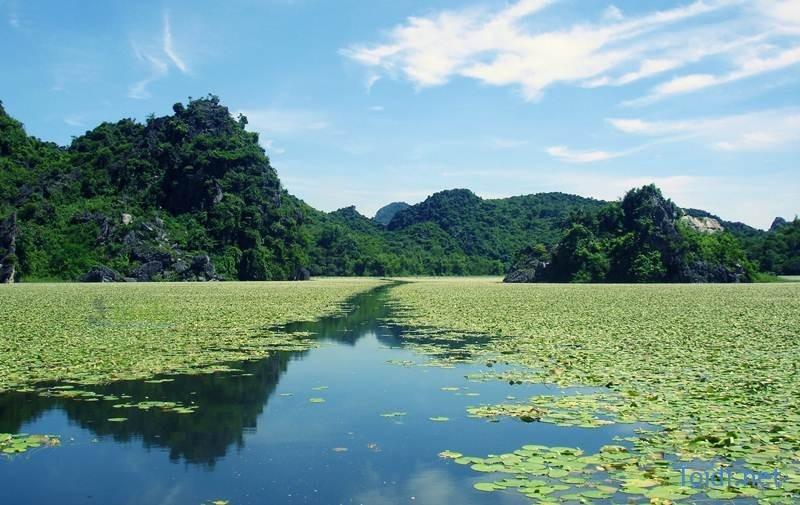 Khu Du lịch hồ Quan Sơn