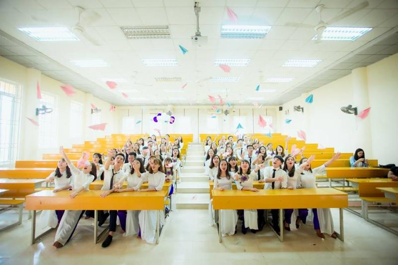 Khu lớp học