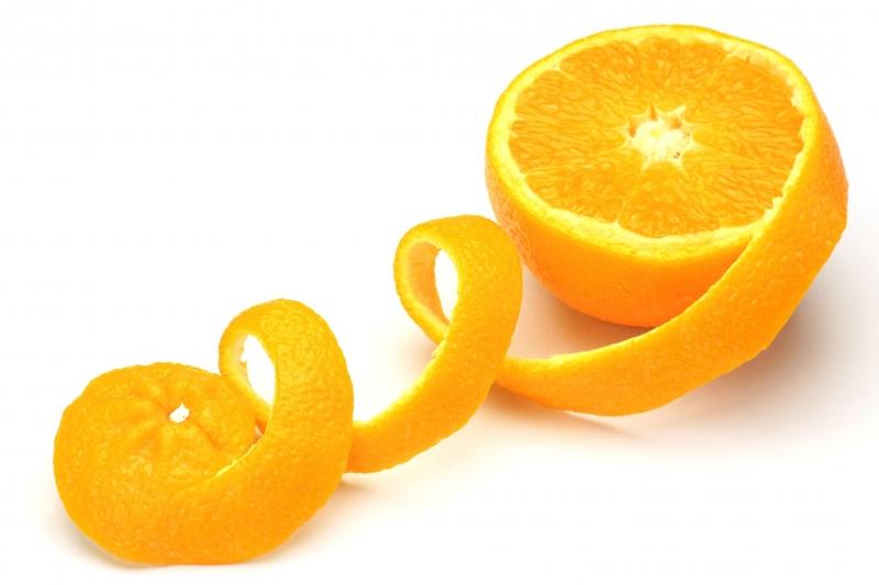 Khử mùi bằng vỏ cam, quýt, bưởi