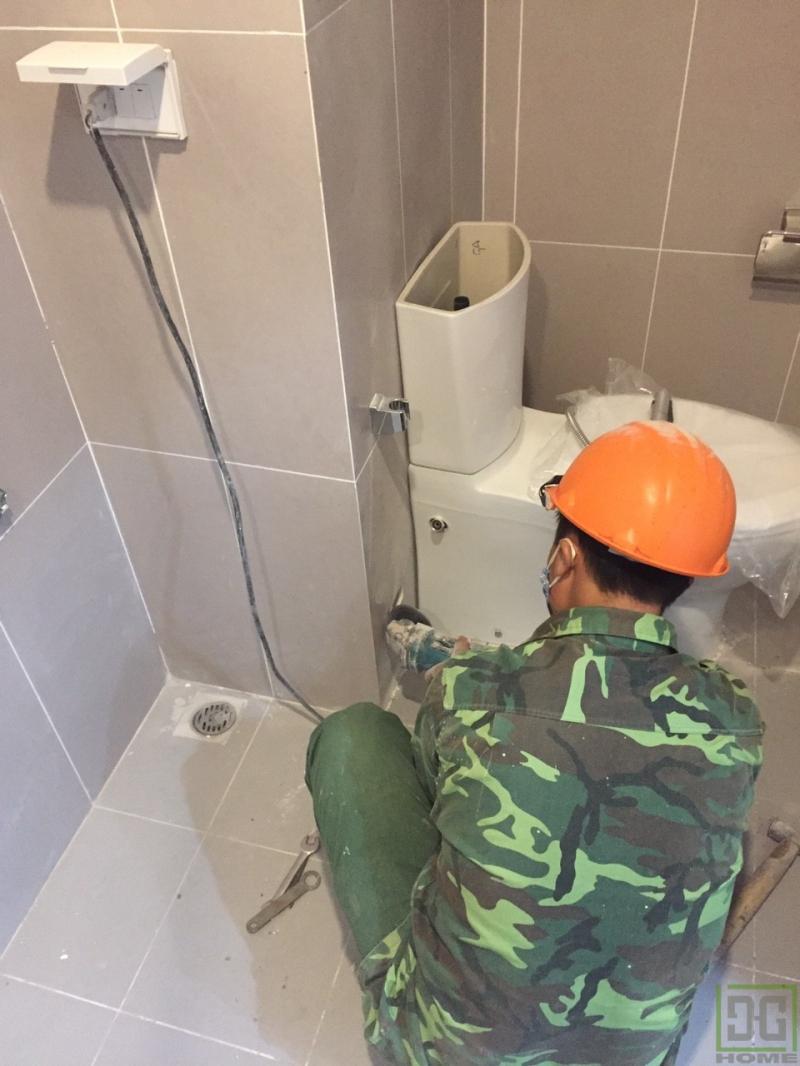 Khu vệ sinh tắm rửa, giặt giũ là một trong những khu vực thường xuyên sử dụng và cũng dễ gây phiền toái nhất cho gia chủ