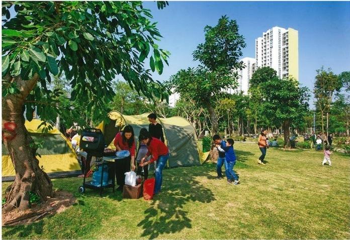 Một góc công viên mùa thu tại Khu vui chơi Ecopark