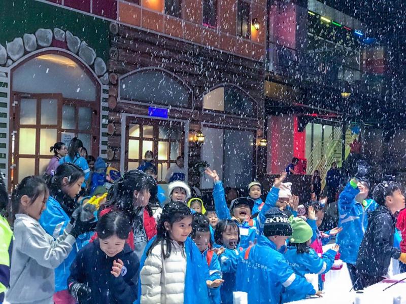 Khu vui chơi tuyết Snow Town Sài Gòn