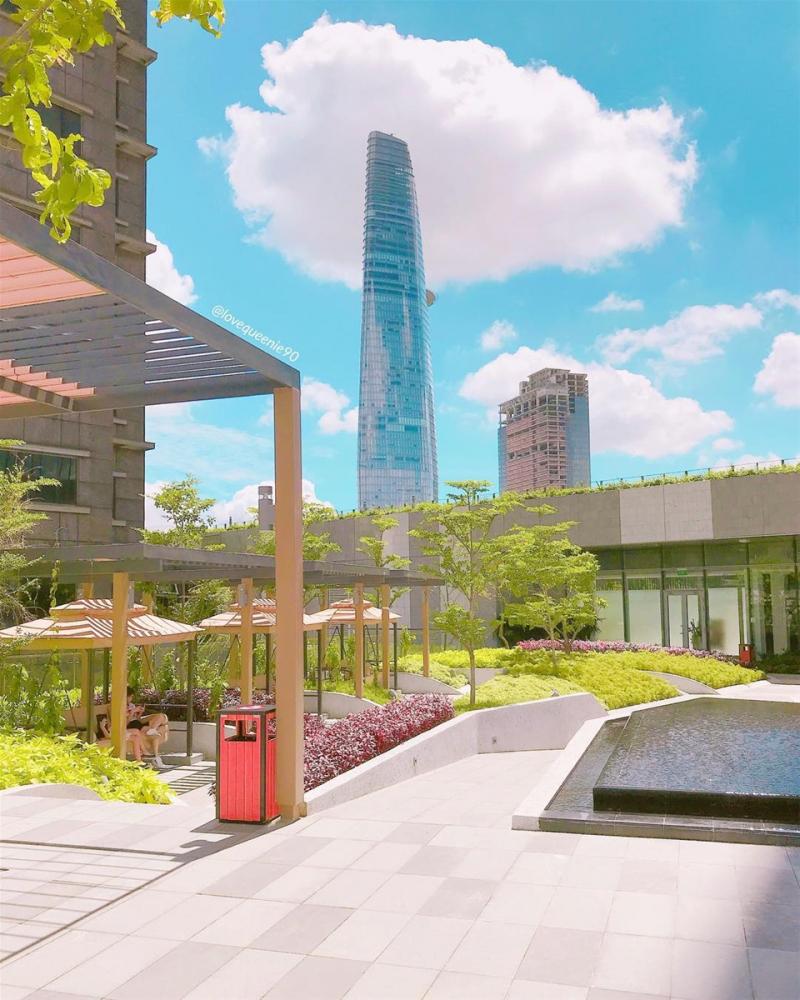 Khu vườn trên mây view 360 độ Takashimaya
