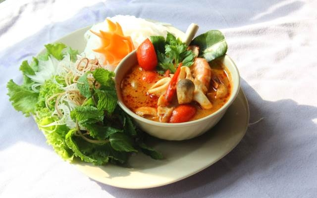 Một trong những món ăn đường phố ở Khun Thái