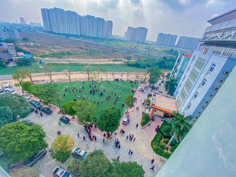 Khuôn viên xịn xò của trường