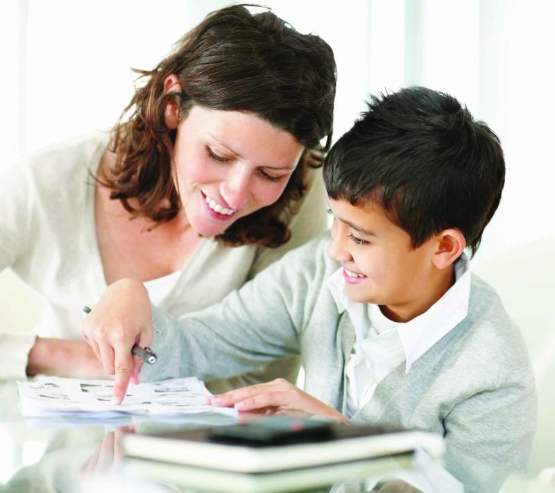 Khuyến khích trẻ thử sức với các bài tập từ dễ đến khó
