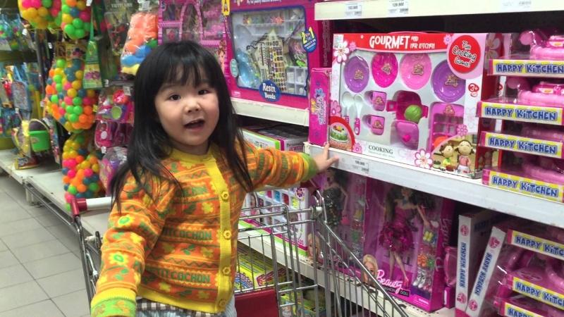 Lạc vào thế giới đồ chơi của Kids Center, các bé sẽ chẳng muốn về.