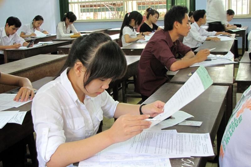 Thí sinh cần kiểm tra kĩ đề thi trước khi làm bài