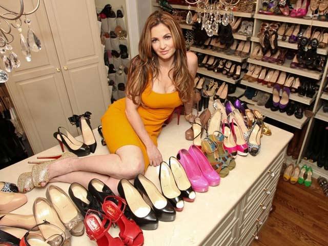Muôn hình vạn dạng về kiểu dáng của giày cao gót