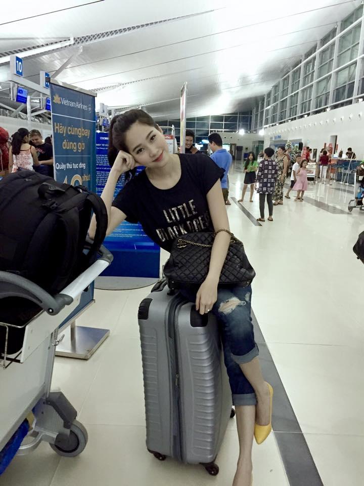 Thời trang sân bay của hoa hậu Thu Thảo