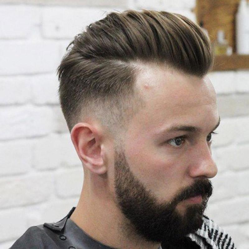 Kiểu tóc nam pompadour đầy nam tính.