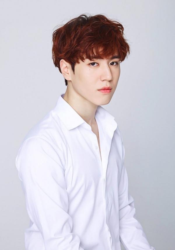 Yugyeom (GOT7) luôn chọn cho mình tóc tỉa layer