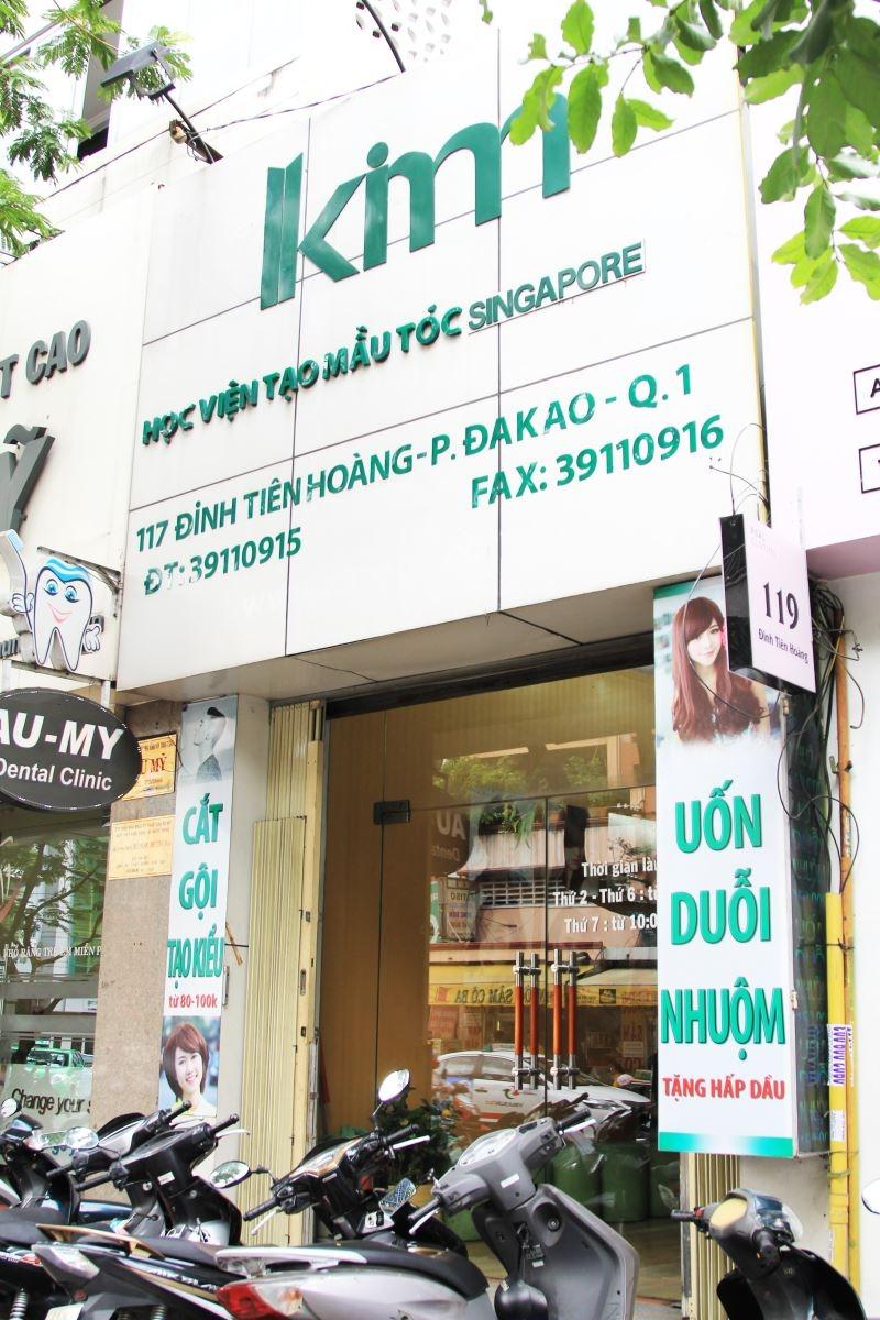 Kim Hair Salon nhìn từ bên ngoài