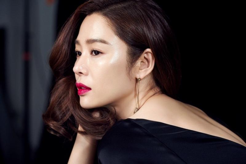 Kim Hyun Joo với vẻ đẹp mặn mà ở tuổi U40