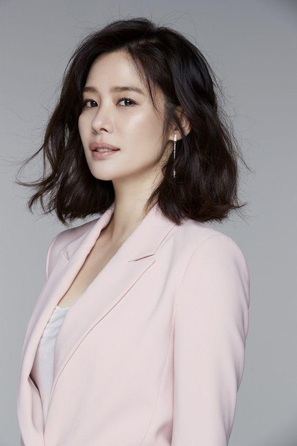 Nữ diên viên Kim Hyun Joo