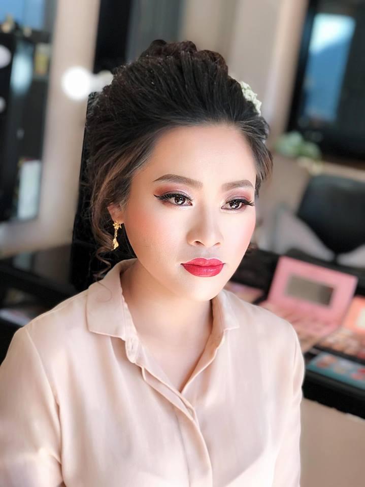 Kim Liên make up