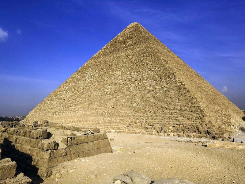 Một trong số 7 kỳ quan thế giới cổ đại cổ nhất và duy nhất còn tồn tại đến ngày hôm nay là kim tự tháp Kheops