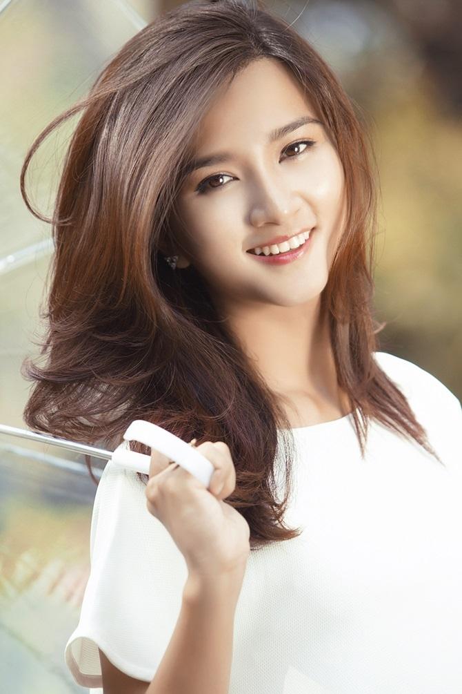 Nữ diễn viên xinh đẹp Kim Tuyến